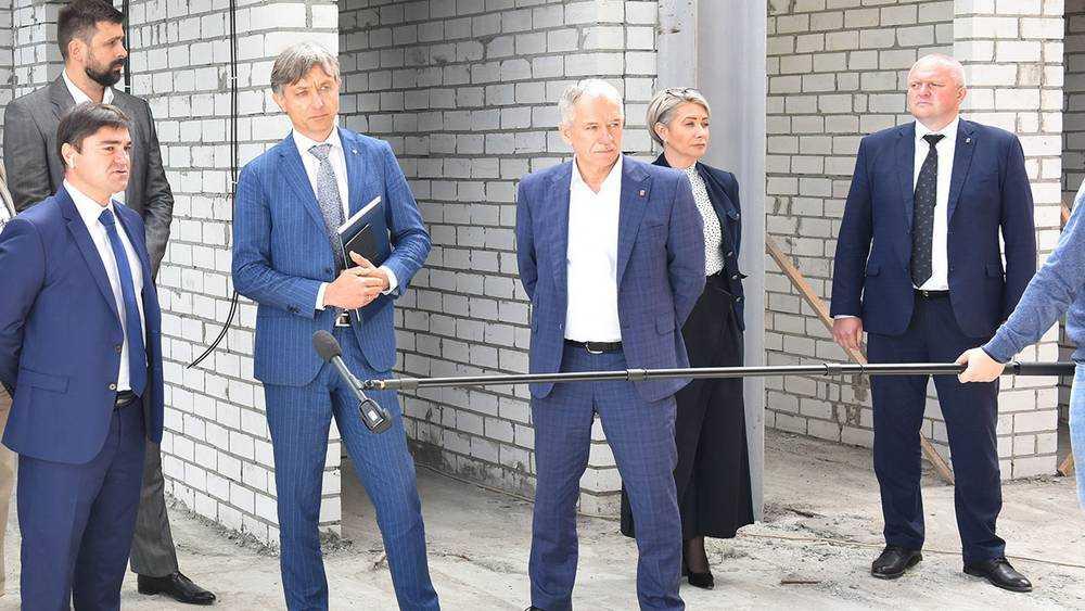 Представитель Минспорта проинспектировал сооружения в Брянске