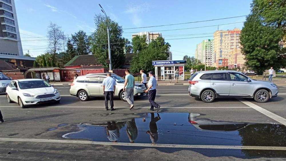 В Брянске на месте трагического ДТП напротив Кургана Бессмертия произошла новая авария.