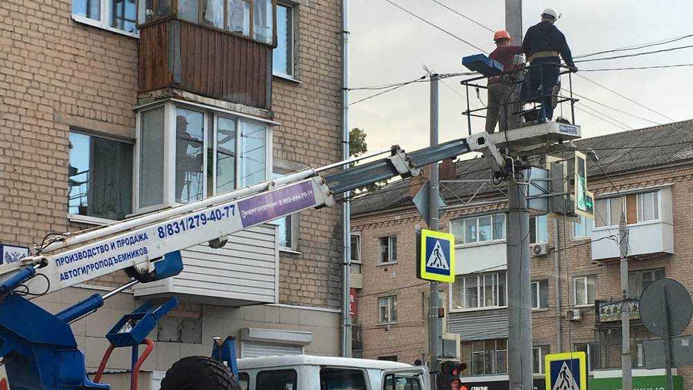 В Брянске на перекрестке улиц Пушкина и Никитина установили камеры