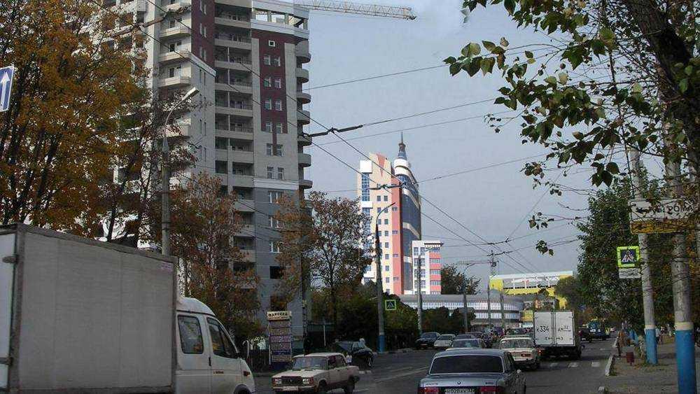 Среди джунглей в центре Брянска должна была вырасти башня гостиницы