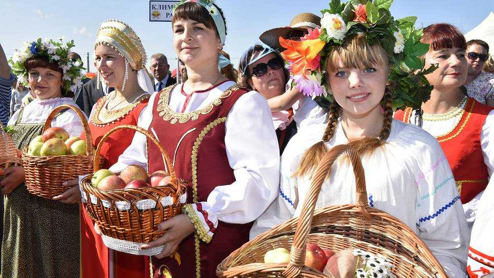 Из-за коронавируса в Брянске отменили Свенскую ярмарку