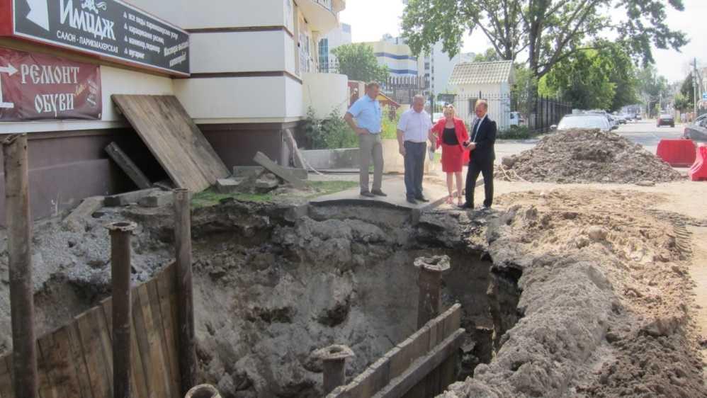В Брянске нашли причину подтопления улицы Ульянова