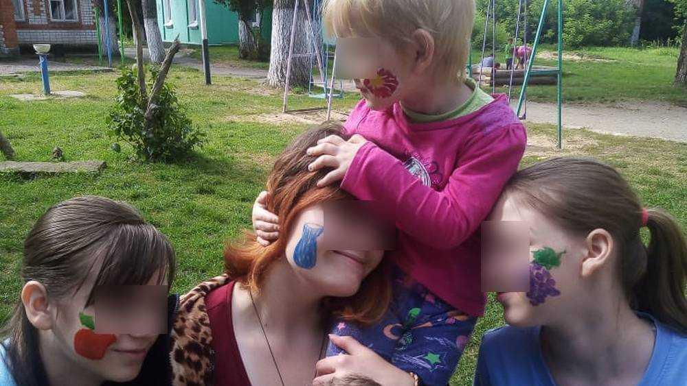 Ребятам из унечского приюта подарили лето радости