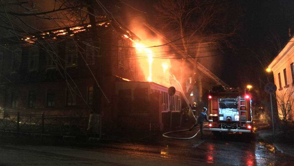 Сгоревший бар Rollings в Брянске скоро вновь откроют