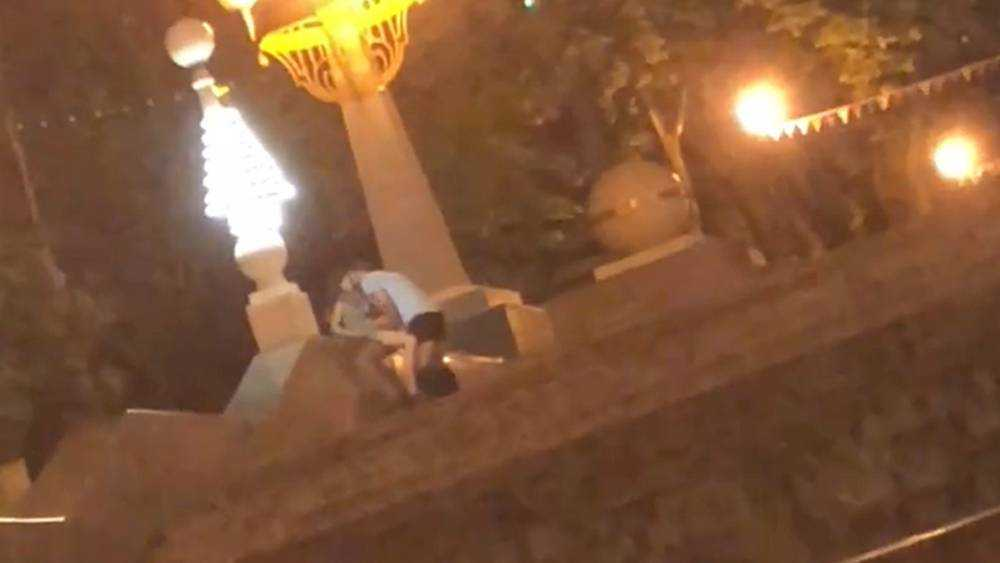 Разразился скандал с видео о прилюдном сексе в центре Брянска