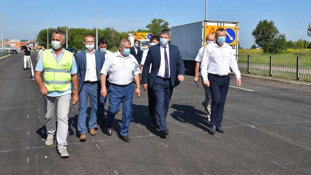 Брянский губернатор оценил строительство дороги на улице Советской
