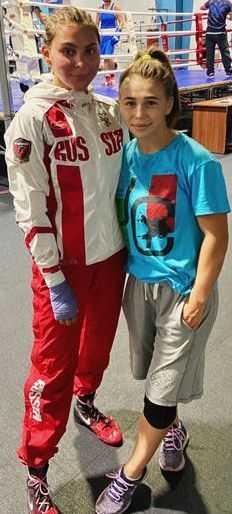 Брянская молодая боксёрша выступит на чемпионатах России и СНГ