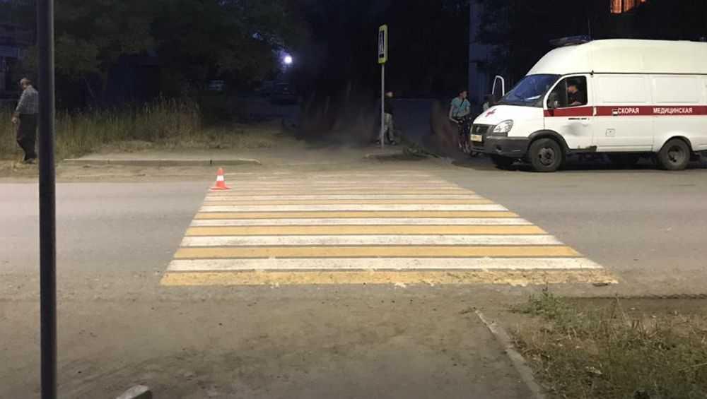 В Брянске автомобилист сбил двух женщин на пешеходном переходе