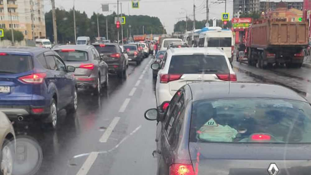 Авария на орловской трассе под Брянском вызвала громадные пробки