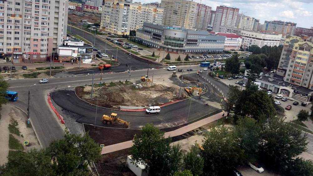 Брянских водителей из-за строительства кольца отправили к лицею