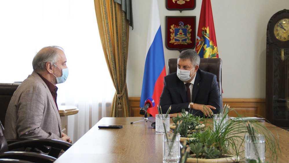Губернатор Богомаз поблагодарил Валерия Гергиева за концерт в Брянске