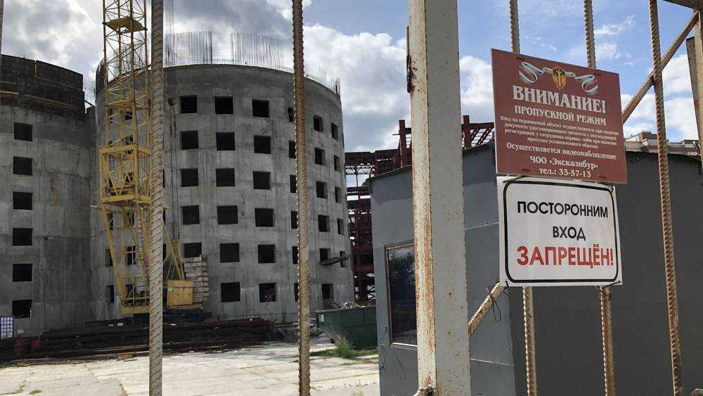 Грешилов окончательно потерял недостроенный гигантский ТРЦ в Брянске