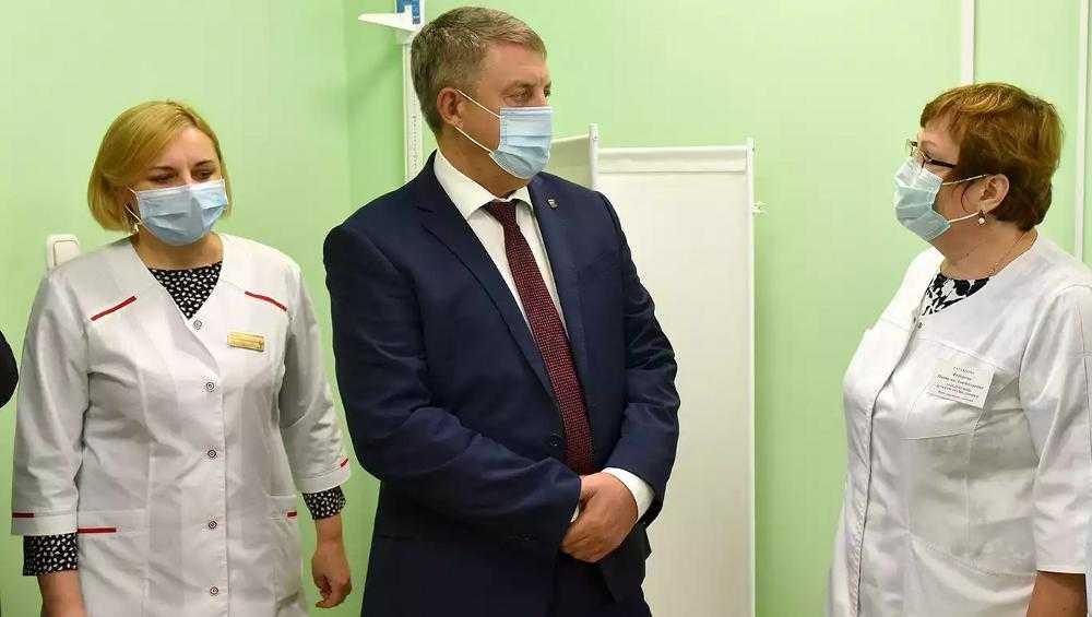 Брянский губернатор рассказал о самочувствии после вакцинации