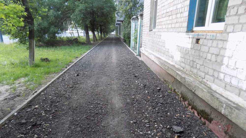 Жительницу Брянска удивил ремонт тротуаров на улице Литейной