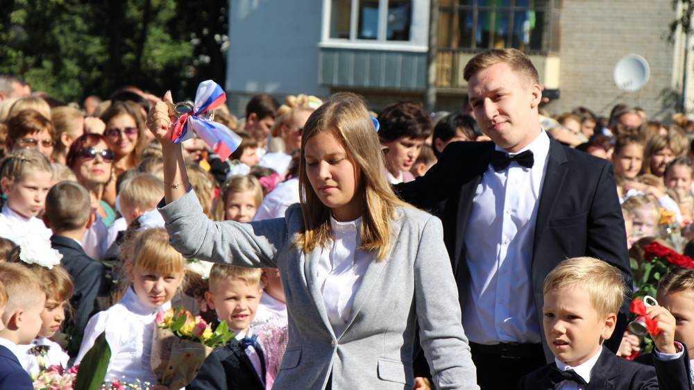 Мираторг поздравил с Днем знаний более 800 первоклассников в Брянской, Белгородской, Курской, Орловской и Тульской областях