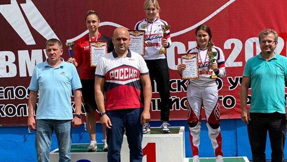 Брянская велогонщица стала серебряным призером этапа Кубка России