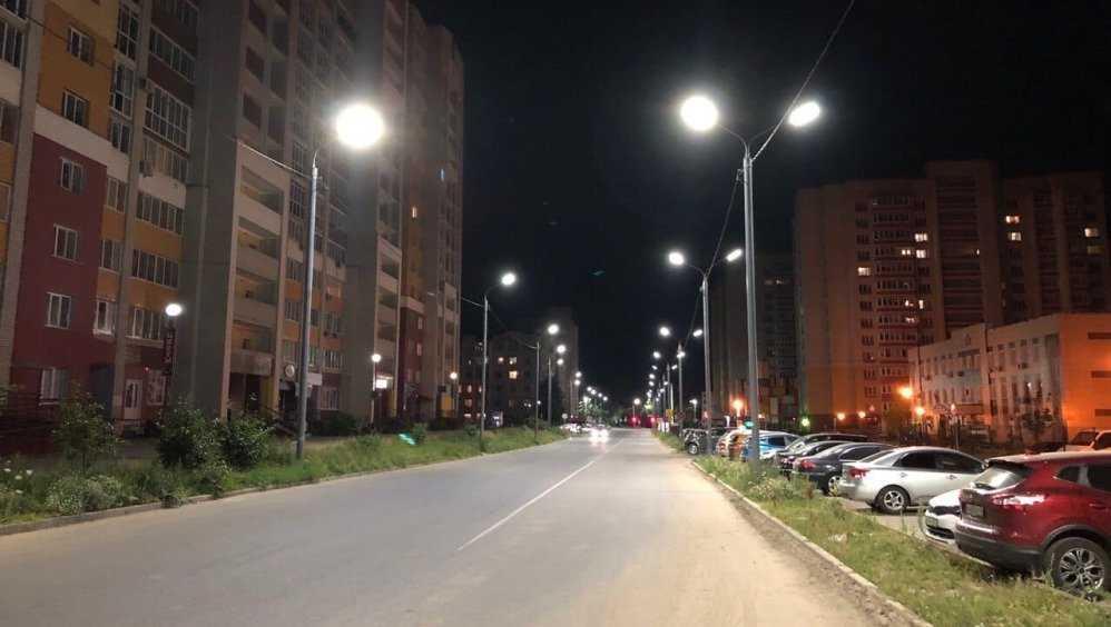 В Брянской области с начала года заменили 5860 светильников