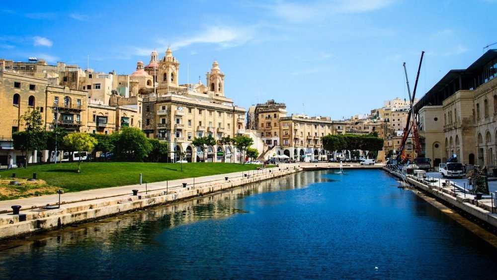 Как приобрести ПМЖ и уехать на Мальту?