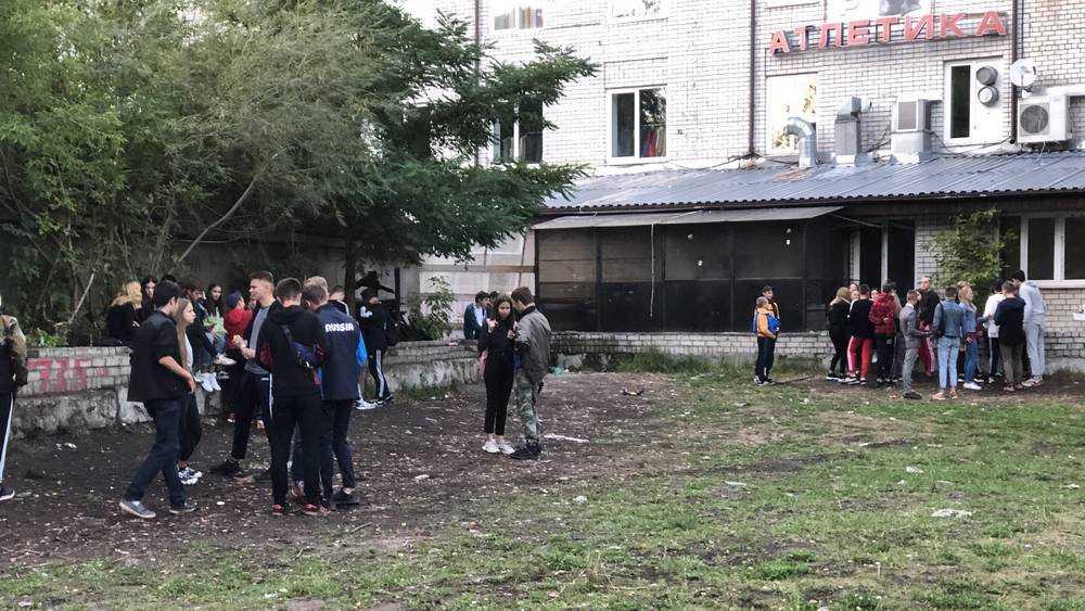 Брянские подростки для тусовок выбрали грязный угол Майского парка