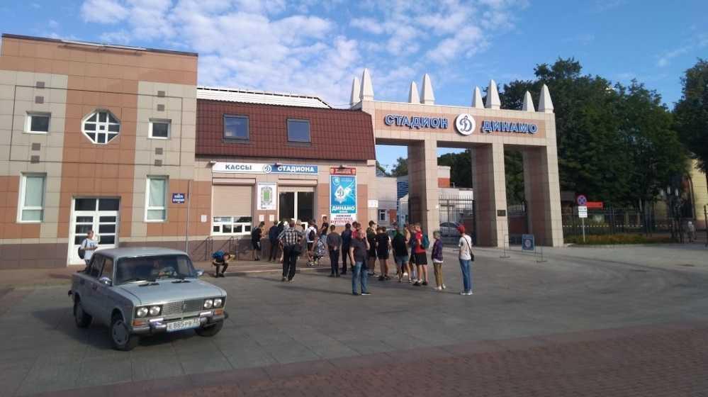 В Брянске выстроилась очередь за билетами на матч ФК «Динамо»