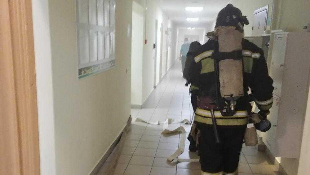В Советском районе Брянска в высотках произошли два пожара