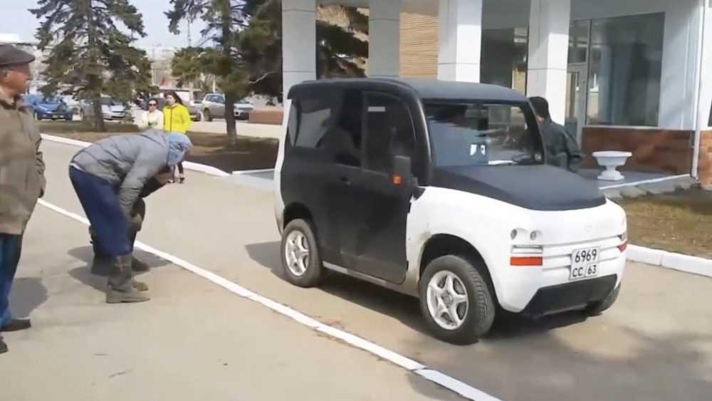 Россиянам назвали дату серийного производства отечественного электромобиля
