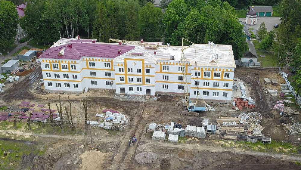 В Брянской области построили три поликлиники