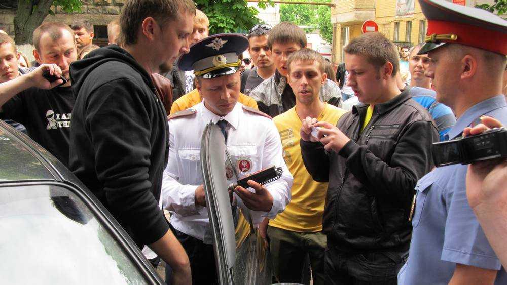В Брянске за недопустимую тонировку стекол наказали 2800 водителей