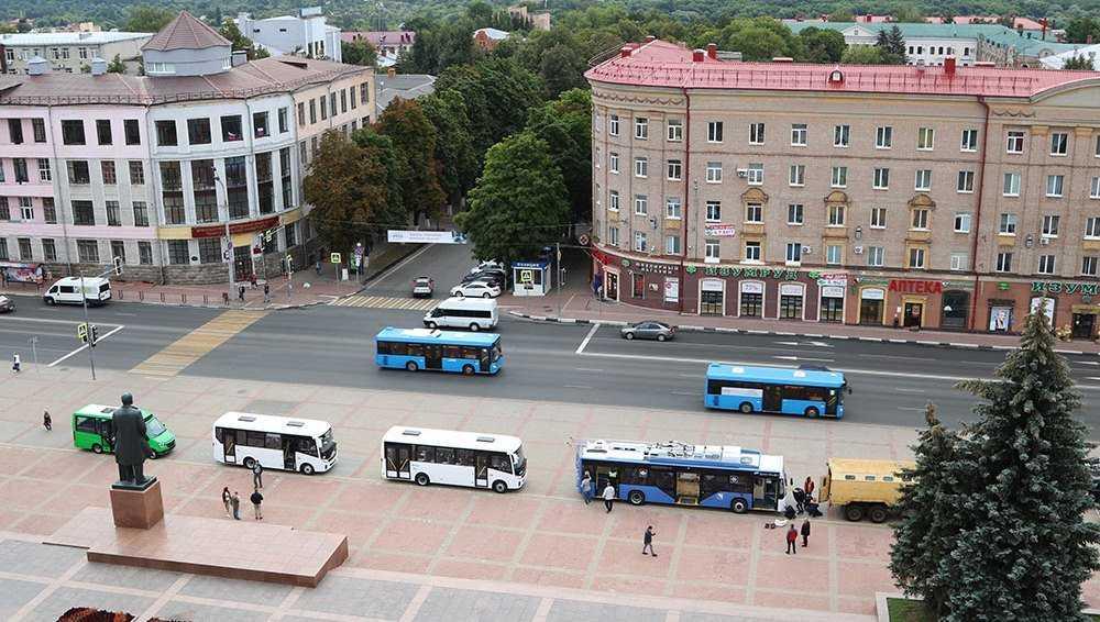 Жителям Брянска показали новые модели троллейбусов и автобусов