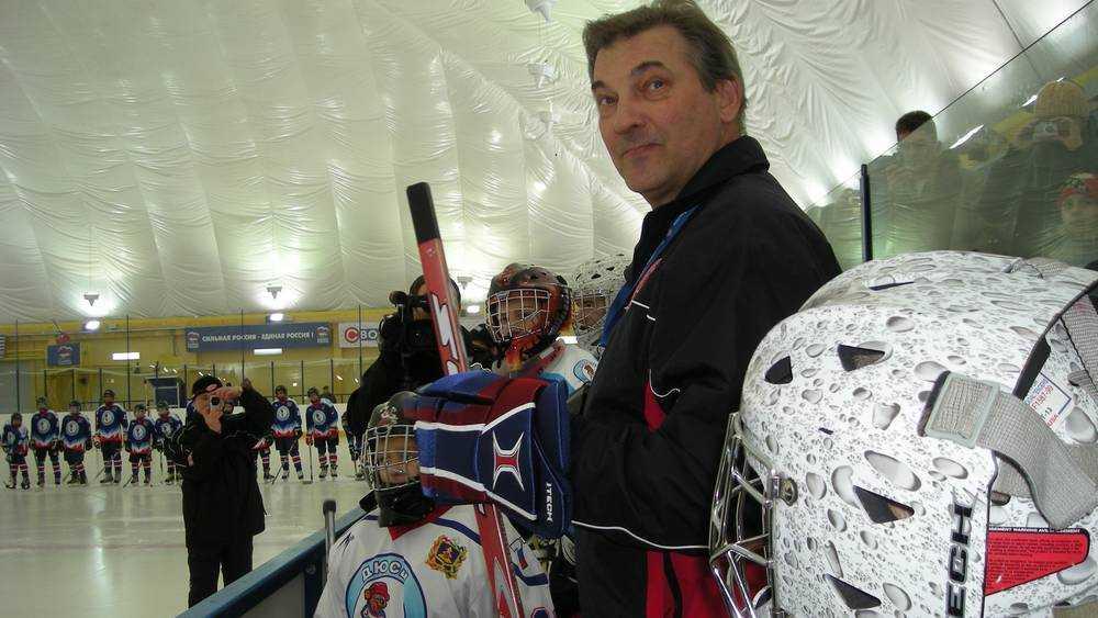 В Брянске объявили набор юных хоккеистов и фигуристов