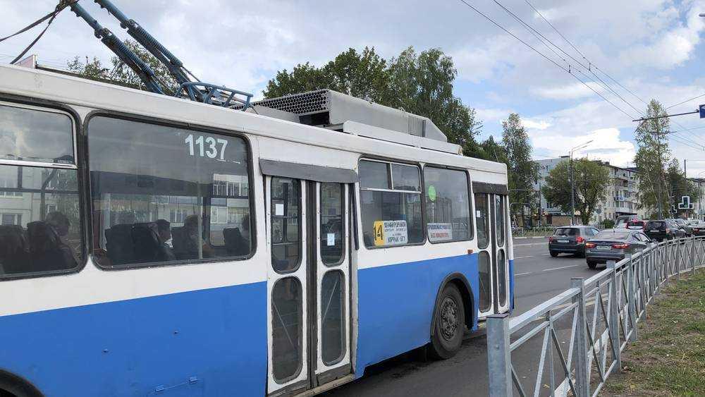 В Брянске с 1 декабря изменится график движения троллейбуса №5