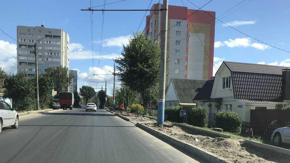 В Брянске на улице Фокина впервые начали строить тротуары