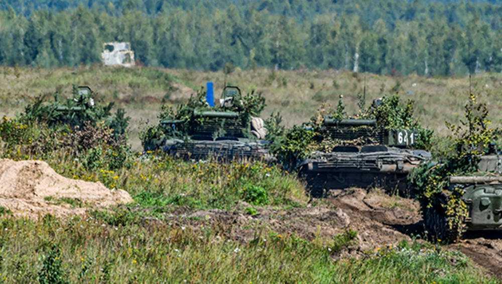 В Брянской области прошли тактические военные учения со стрельбой