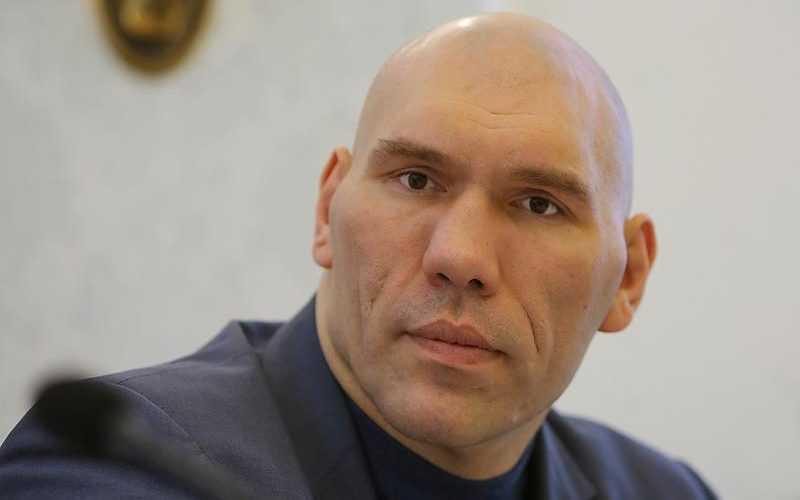 Олимпийский чемпион потребовал выгнать из Госдумы брянского депутата Валуева
