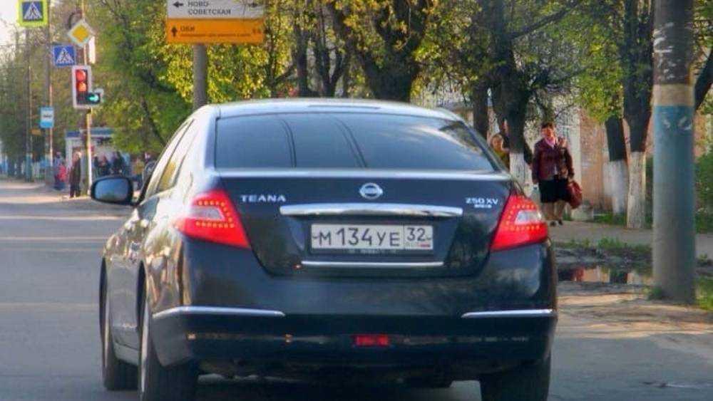 Найден угнанный у 18-летнего брянского водителя Nissan Teana