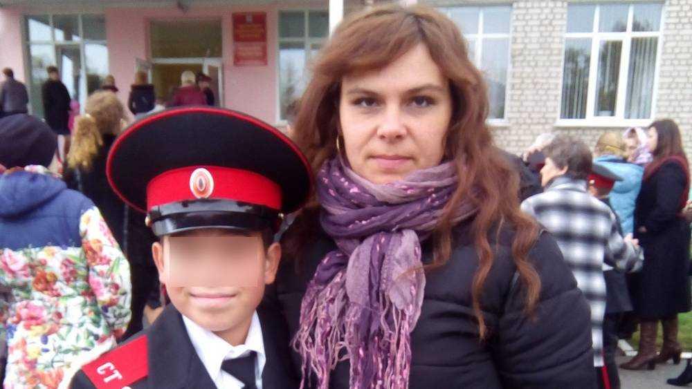 «Куда мама уехала…»: дети погибшей брянской женщины попали в беду