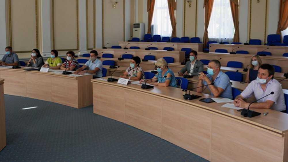 В Брянске кандидаты в губернаторы поделили бесплатное время в эфире