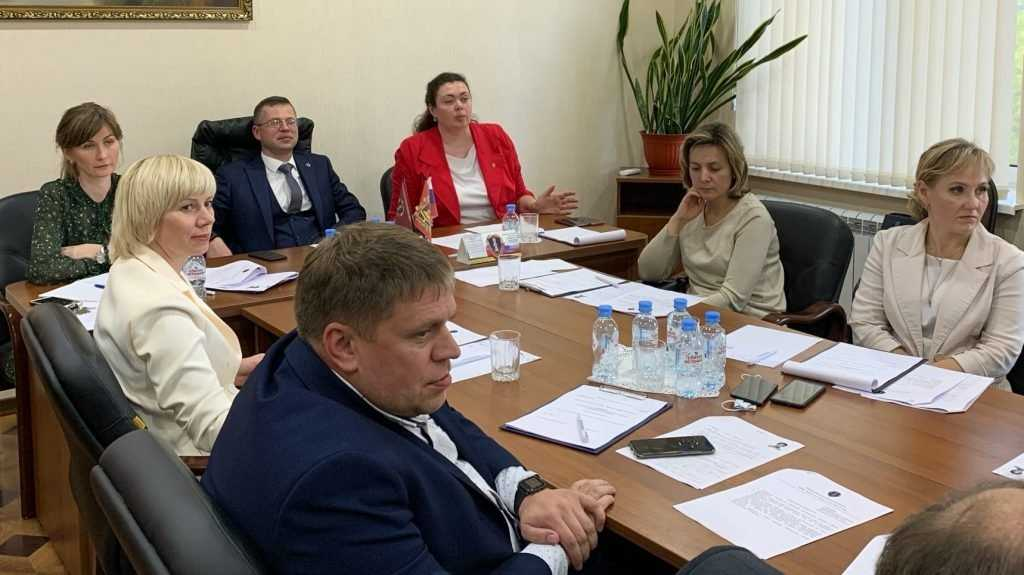 Адвокатская палата Брянской области пополнилась пятью адвокатами