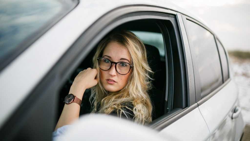 Каким должен быт первый автомобиль девушки