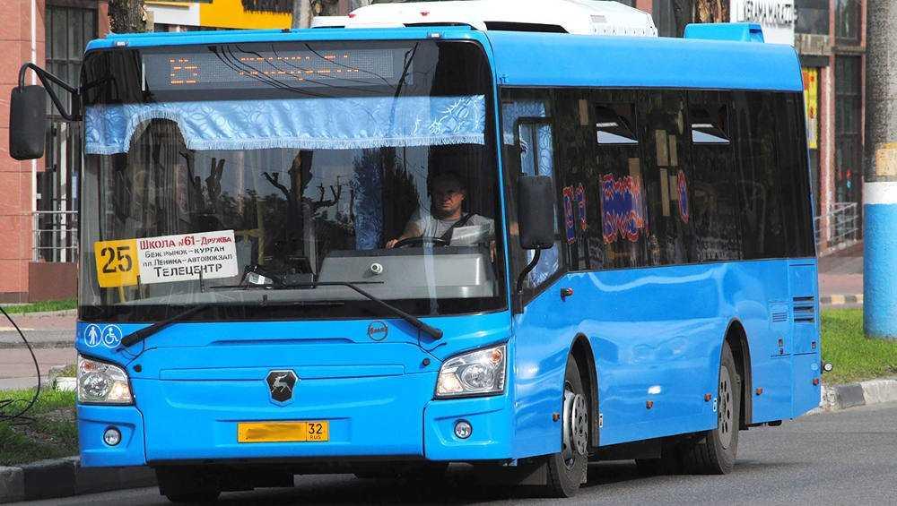 В Брянске на маршрут № 25 вышли дополнительные автобусы