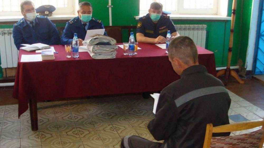 Брянский прокурор выявил нарушения в колонии №4