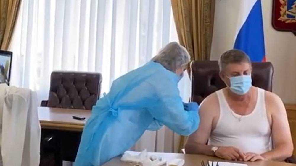 Губернатор Александр Богомаз призвал жителей Брянской области вакцинироваться