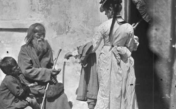 Лоскут, Калиниха, Толстомясый и Езопиха: брянцам рассказали о знаменитых нищих