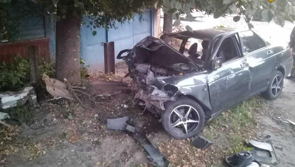 Три человека пострадали в серьезном ДТП в Почепе