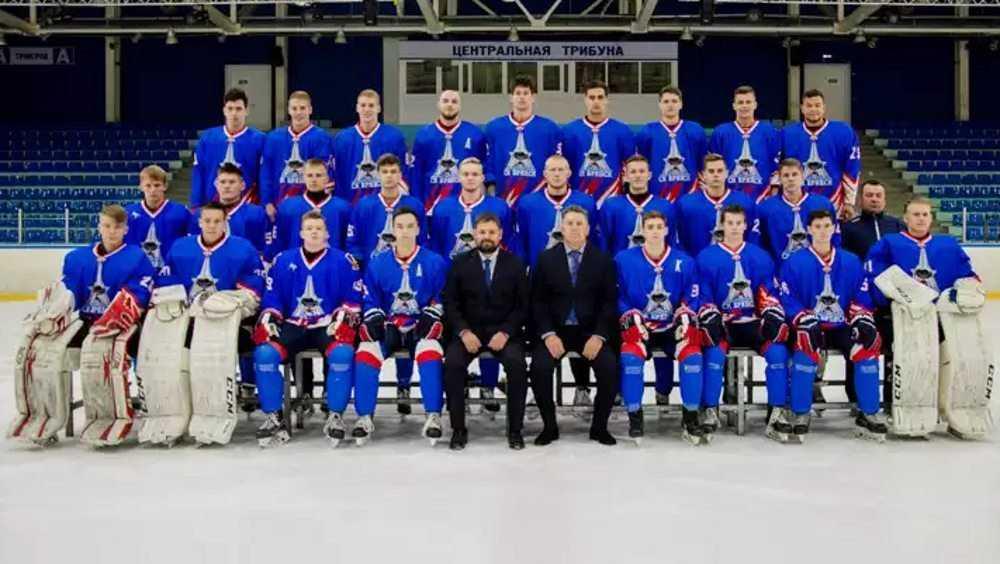 Коронавирус отправил в «офсайд» хоккеистов Брянска
