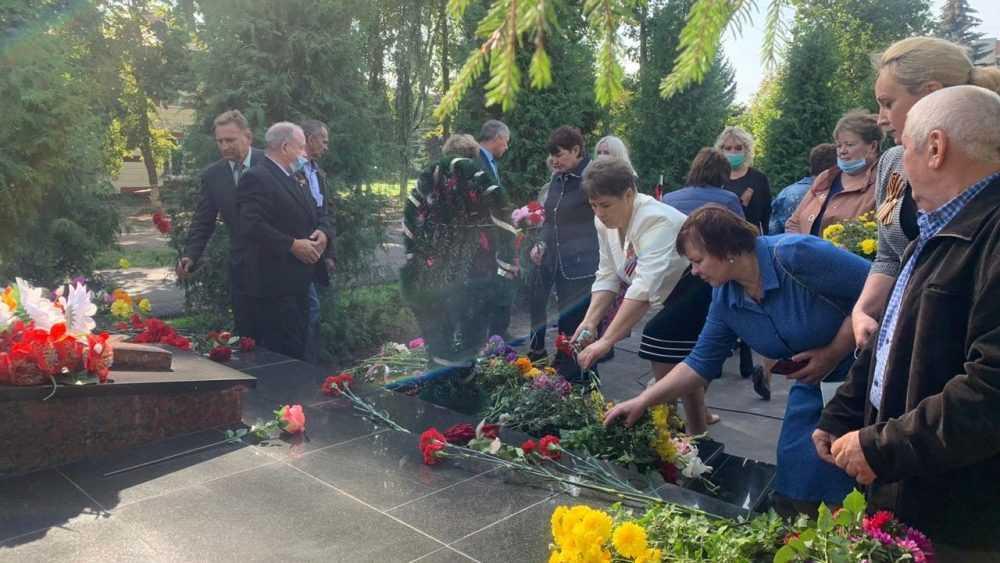Валентин Суббот: В день освобождения Брянщины от немецко-фашистских оккупантов, мы еще раз вспоминаем о подвиге защитников Отечества