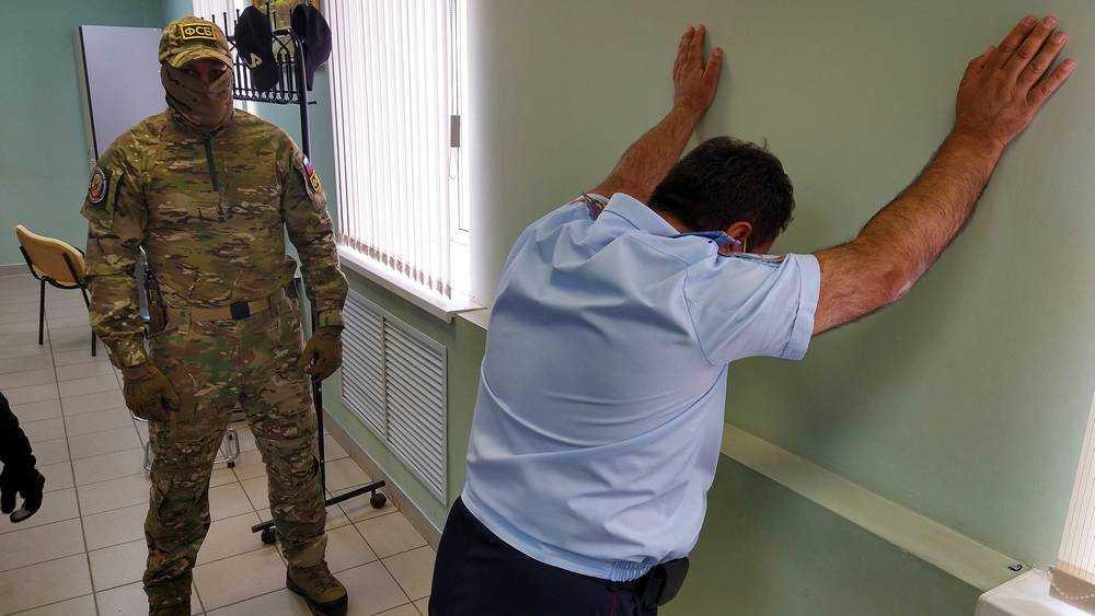 В Брянске суд рассматривает ходатайство об аресте полковника Мкртчяна