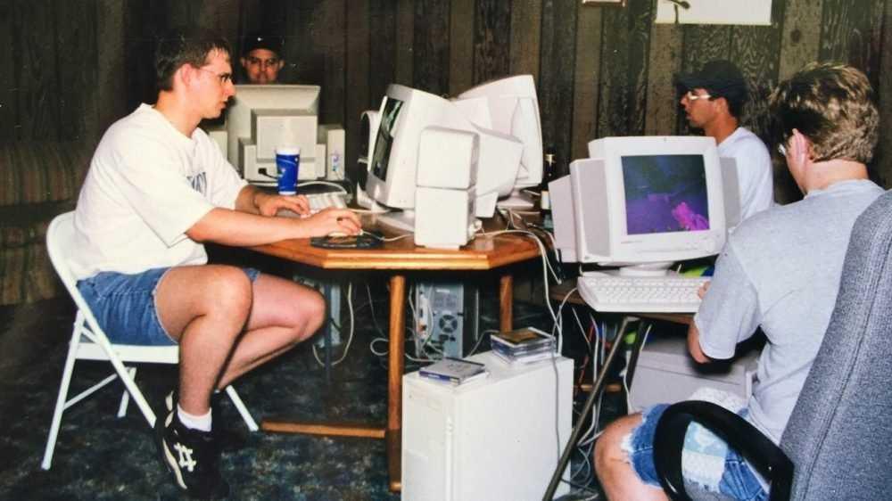 Привычному Интернету исполнилось 30 лет