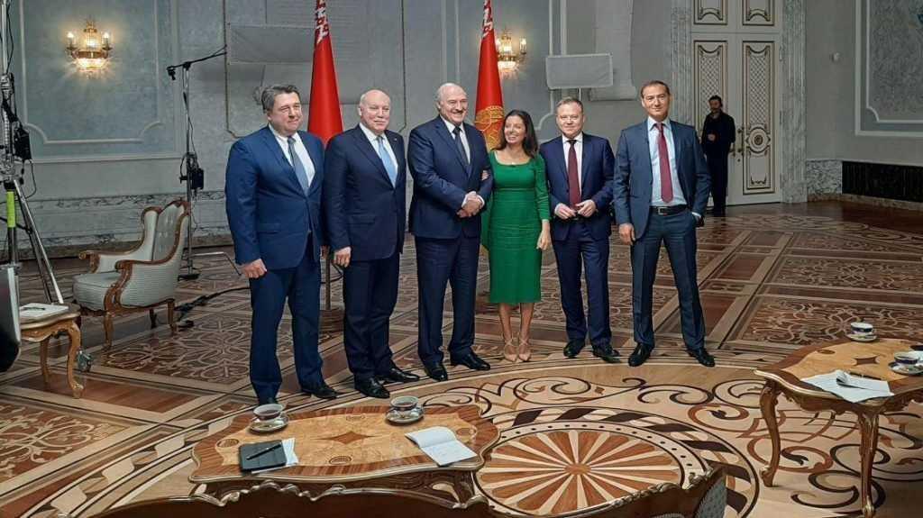 «Просто так все это не брошу»: Лукашенко рассказал журналистам о планах