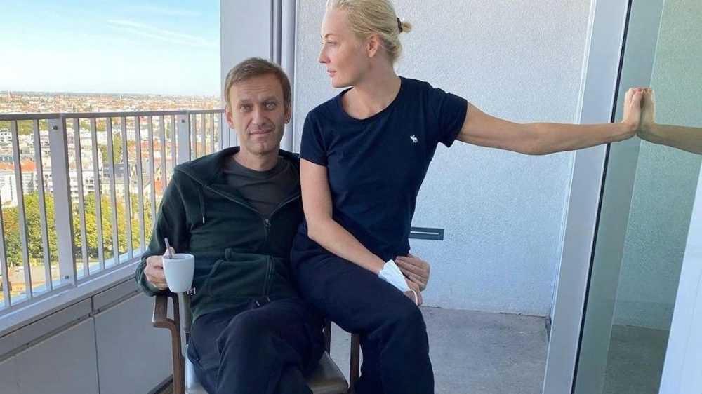 История с «отравлением» Навального разваливается на глазах
